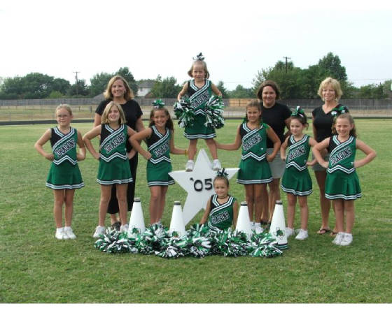 cheergroup091105.jpg